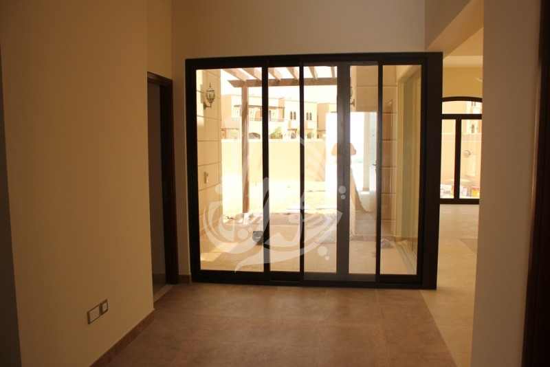 Independent Villa for sale in Mudon Dubailand - Image 5