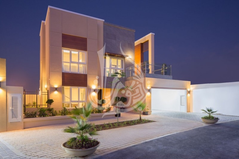 Luxurious Elegant Villa for sale Villa Lantana - Image 9