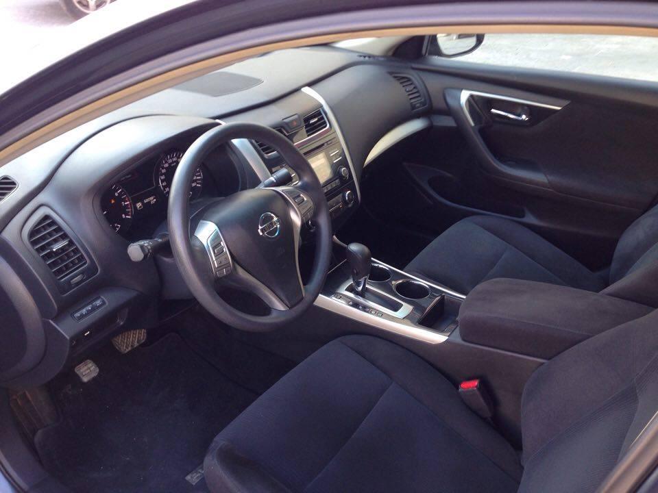 Nissan Altima 7.jpg