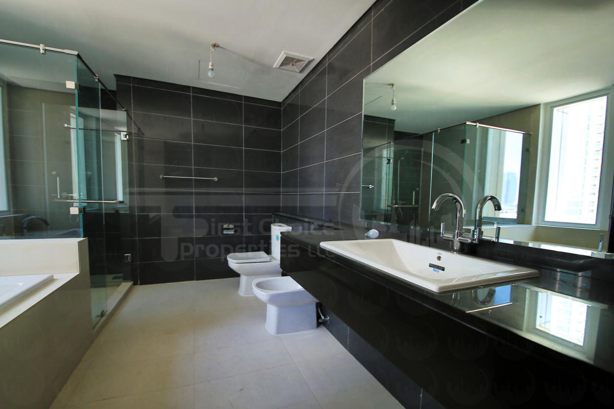3+1 Bedroom Apartment - Abu Dhabi - UAE - Al Durrah Tower - Al Reem Island (31).JPG