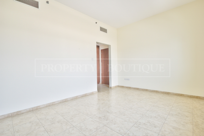 Unfurnished 1 Bed Apartment For Sale in JVT - Image 2