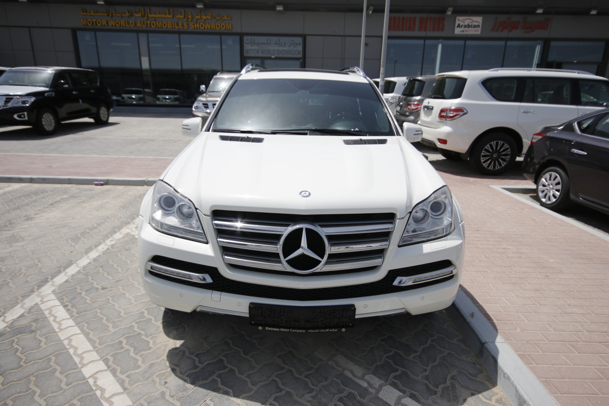 Mercedes benz gl 500 white 2012 for sale kargal uae for 500 mercedes benz for sale
