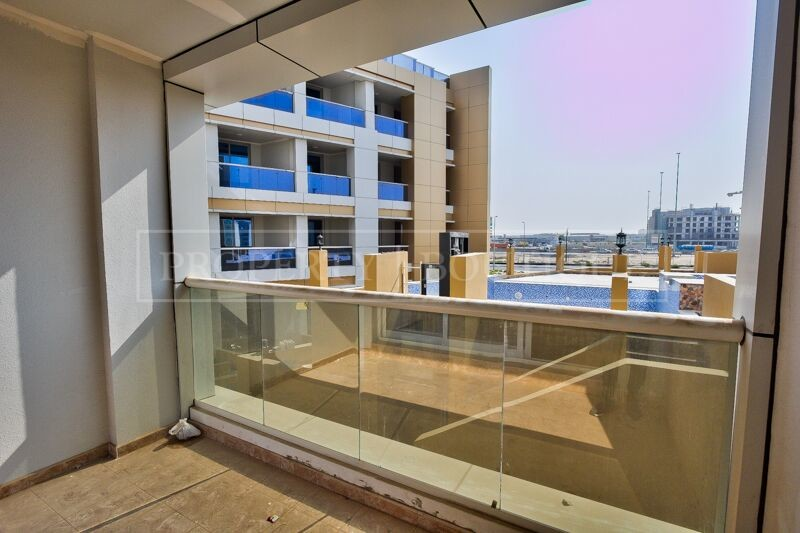 Large 2 Bed in a Brand New Building in JVT - Image 5