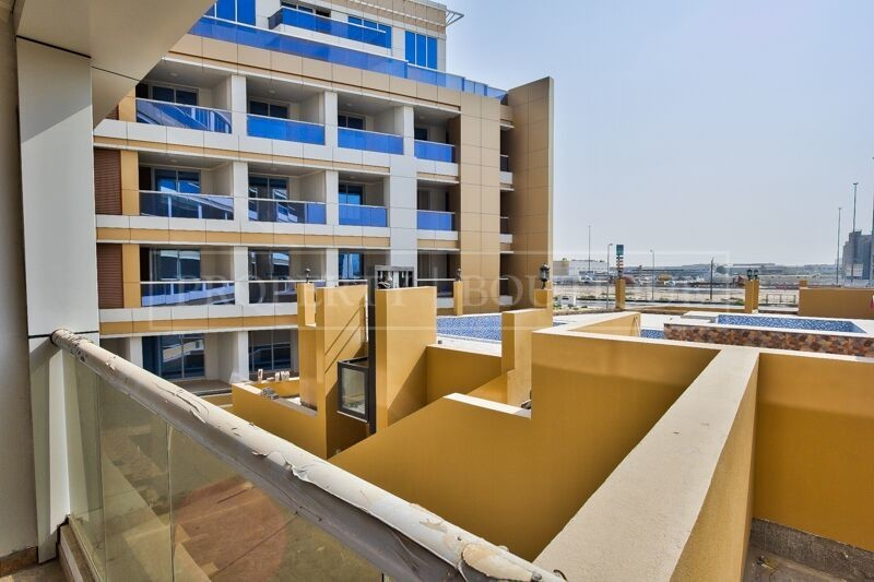 Large 2 Bed in a Brand New Building in JVT - Image 6