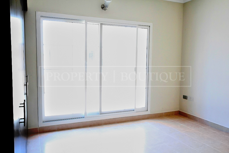 5 Bed Villa with Maid's room for Sale in JVC - Image 2
