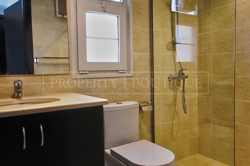 5 Bed Villa with Maid's room for Sale in JVC - Image 4