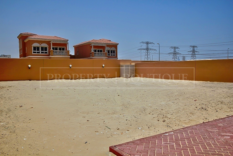 5 Bed Villa with Maid's room for Sale in JVC - Image 6