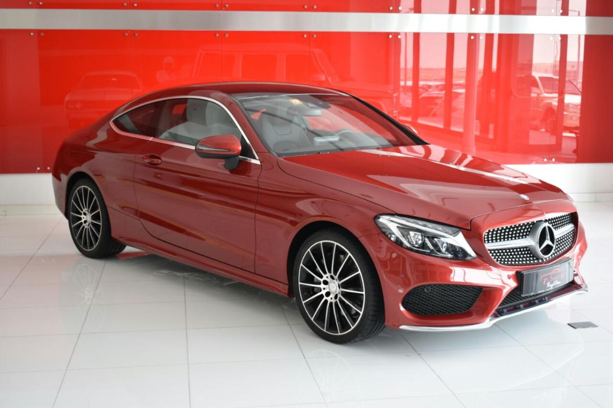 Mercedes benz c300 (1).jpeg