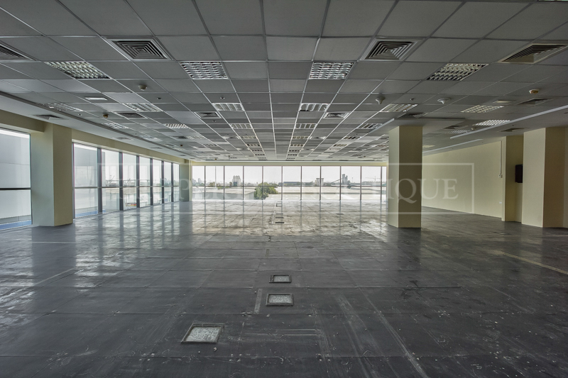 Fully Fitted Offices space on Sheikh Zayed - Image 3