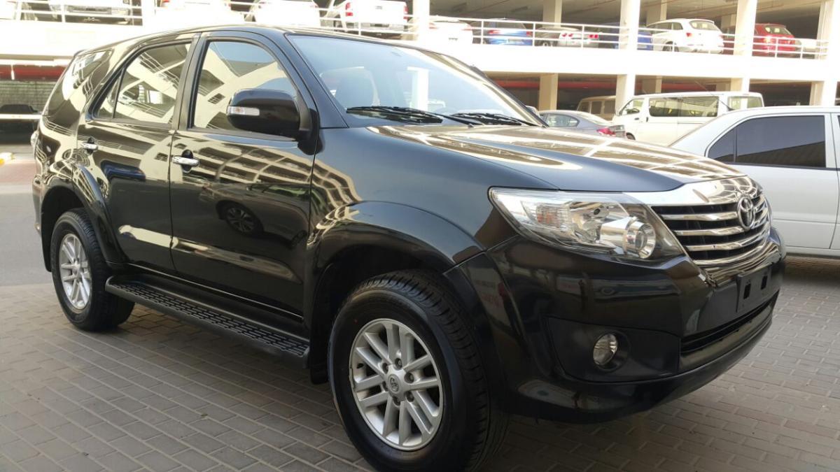 toyota fortuner 2012 gcc spec black full option price 50000