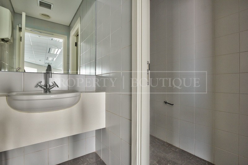 Fully Fitted Office Space For Rent in SZR - Image 8