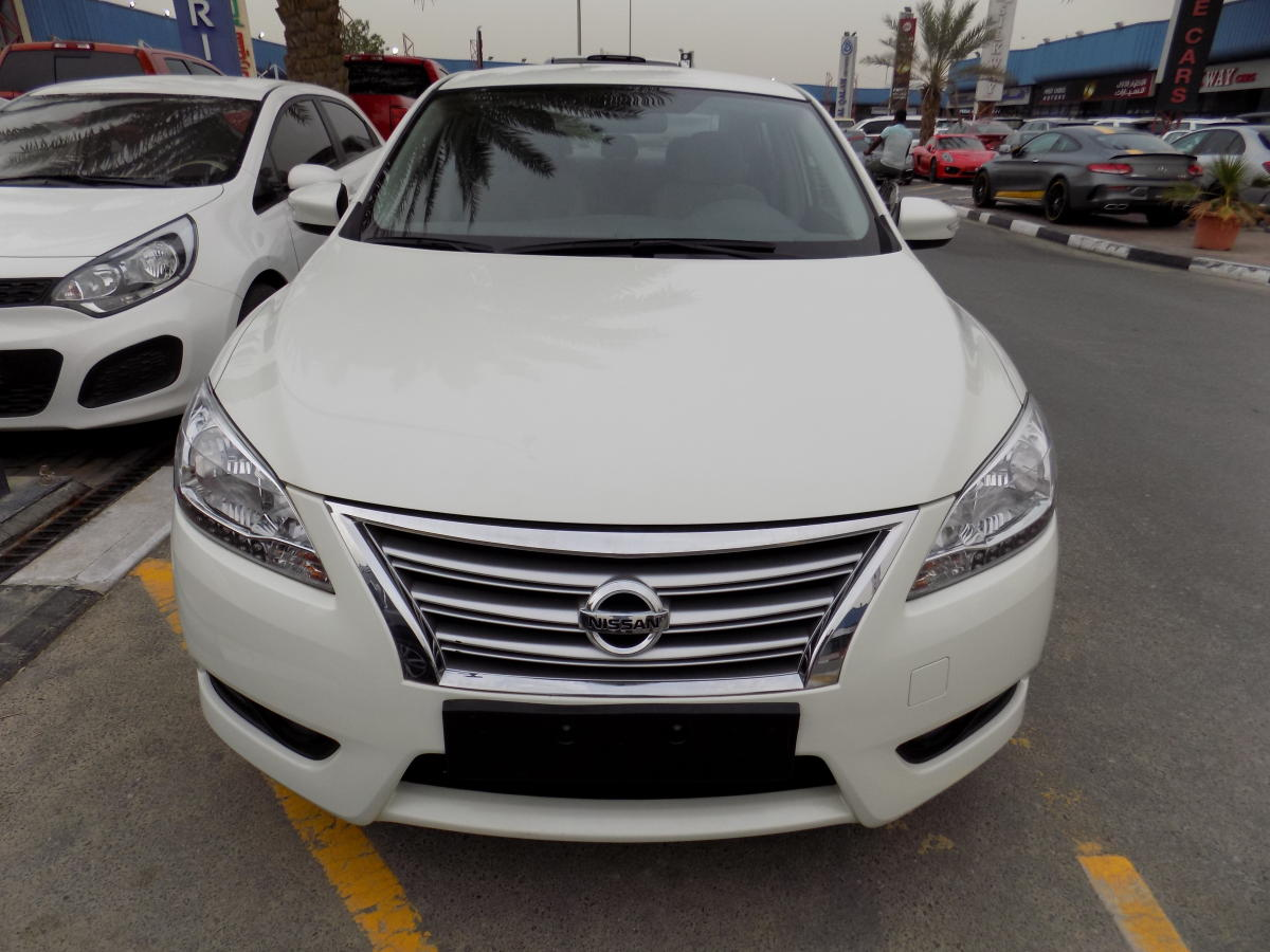 nissan sentra 2015 white gcc spec kargal uae. Black Bedroom Furniture Sets. Home Design Ideas