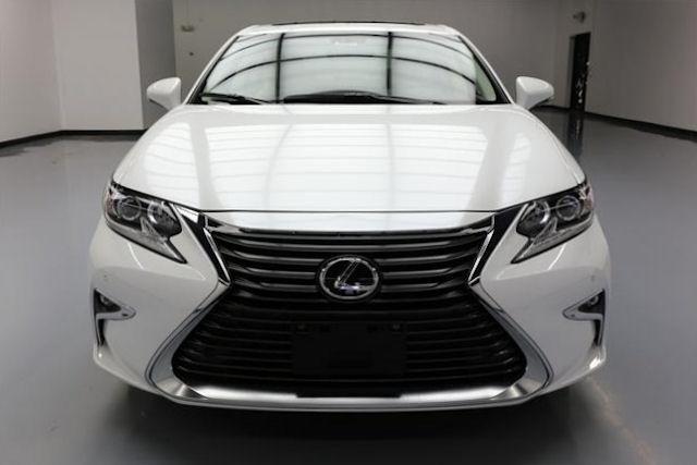 2016 Lexus ES 350 2.jpg