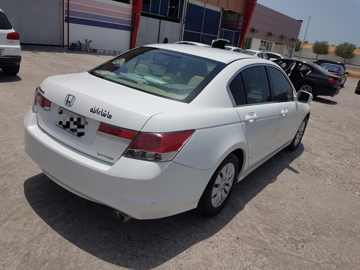 HONDA ACCORD 2.4 WHITE COLOUR 2012 GCC Spec