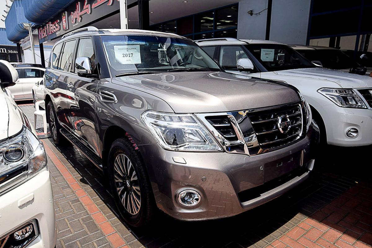 Nissan Patrol Platinum VVEL Gray colour GCC Spec