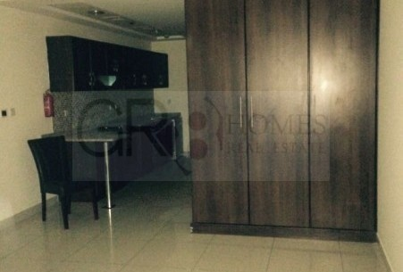 Excellent Studio Apt in Arena With Kitchen Appliances, Chiller Free! - Image 1