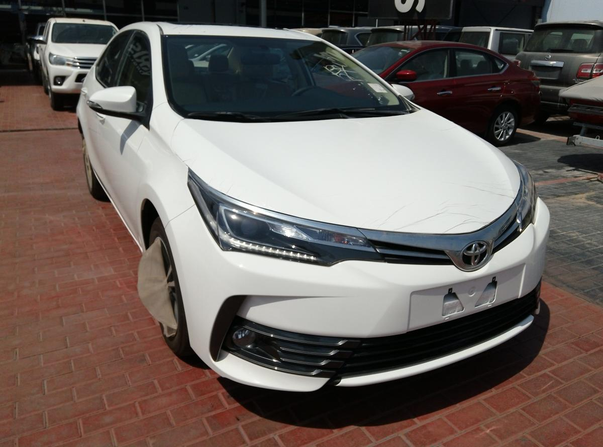 Toyota Corolla 2.0 Limited 2017 full option Export only