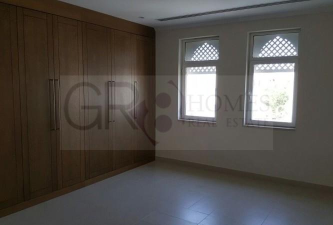 4 BEDROOM REGIONAL LARGE IN JUMEIRAH PARK - Image 7