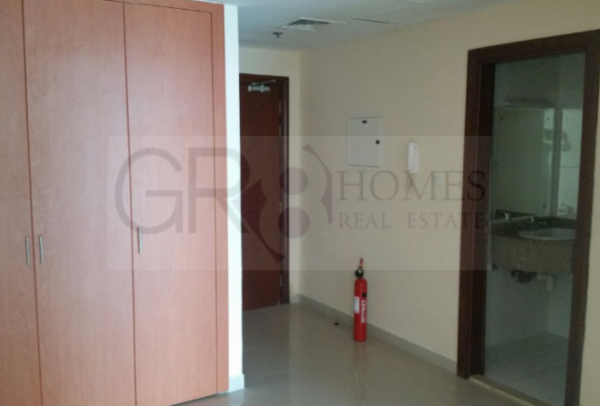 Stunning Lake View 1 Bedroom in Lake Point Tower, JLT - Image 4