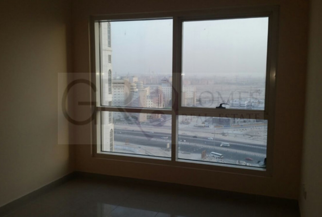 Stunning Lake View 1 Bedroom in Lake Point Tower, JLT - Image 3
