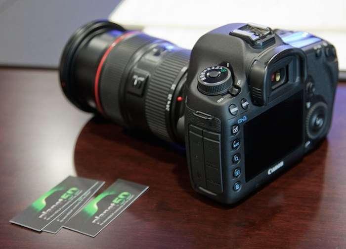 Canon EOS 5D Mark IV.,,.jpg