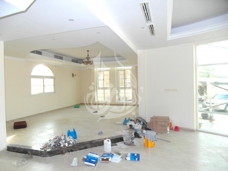 Stunning Villa with community view in Al Barsha 2 - Image 7