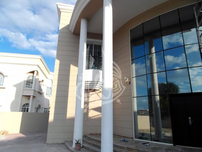 Stunning Villa with community view in Al Barsha 2 - Image 17