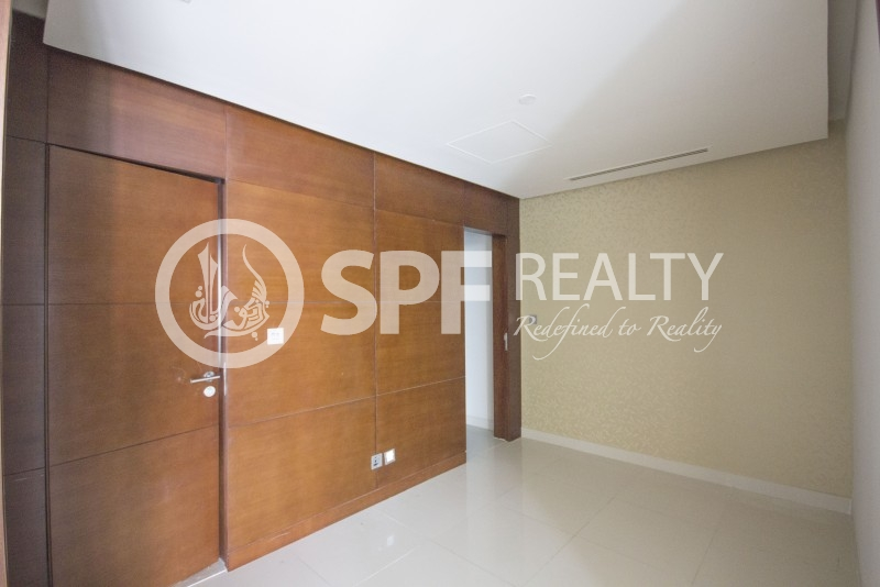Exclusive Apt with Study in U-bora Tower Business Bay - Image 8