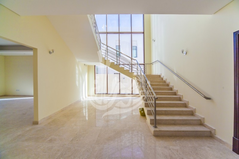 Villa with Huge Plot for Rent in Millennium Estates - Image 2