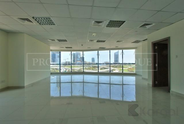 Amazing Views Fitted Office Space in Jumeirah Bay X3 - Image 2