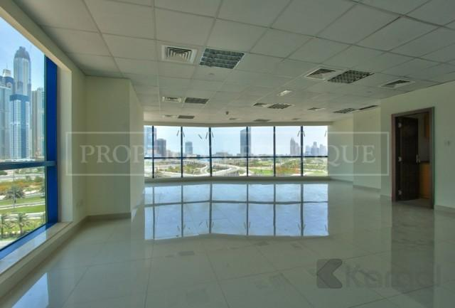 Amazing Views Fitted Office Space in Jumeirah Bay X3 - Image 3