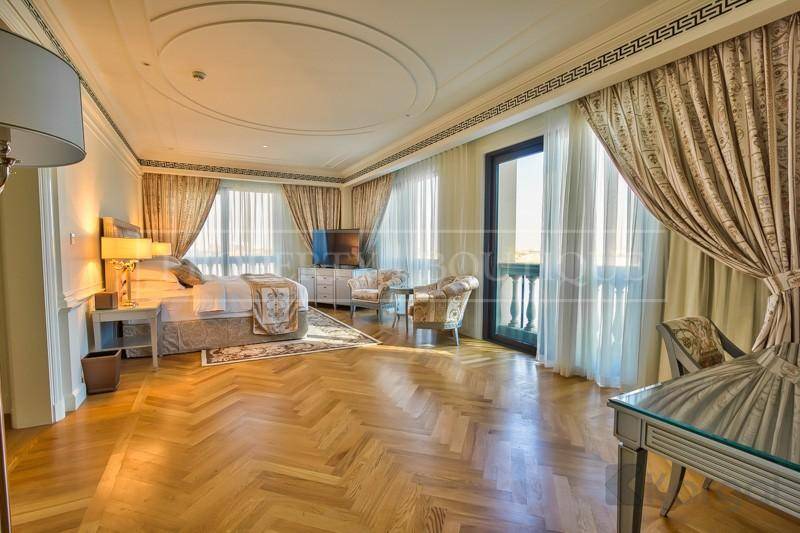 Exclusive 4 Bedroom Furnished Penthouse Palazzo Versace - Image 5