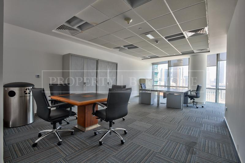 Impressive fully furnished Half Floor Office, DIFC - Image 1