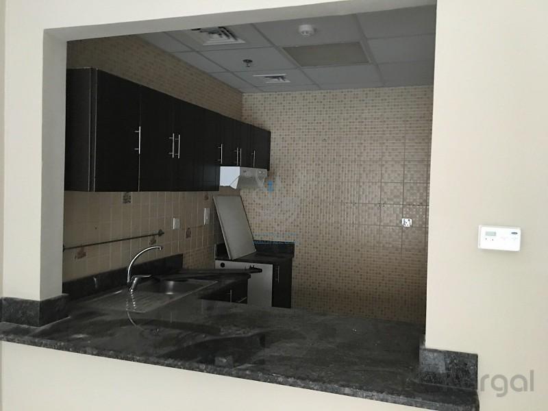 1 badroom in  Al Liwan buildings in  Silicon Oasis | - Image 5