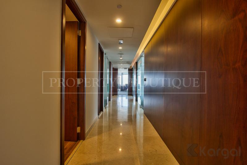 Impressive fully furnished Half Floor Office, DIFC - Image 9