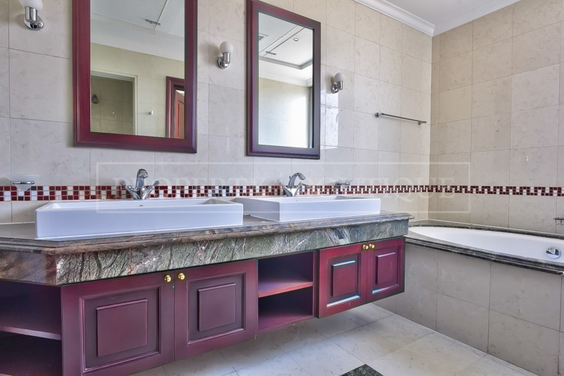 6 Bed Gallery Views   High Number Villa - Image 6
