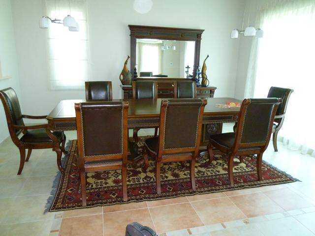 Used-Furniture-Buyers-In-Dubai-0564544328_1.jpg