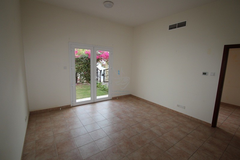 3 Bedroom Townhouse Green Community - Image 2