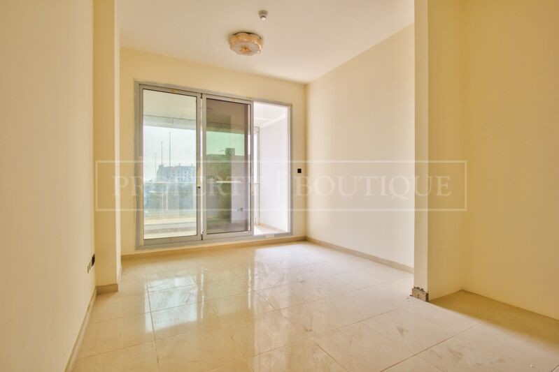 Large 2 Bed in a Brand New Building in JVT - Image 1