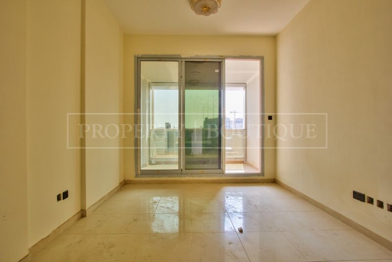 Large 2 Bed in a Brand New Building in JVT - Image 3