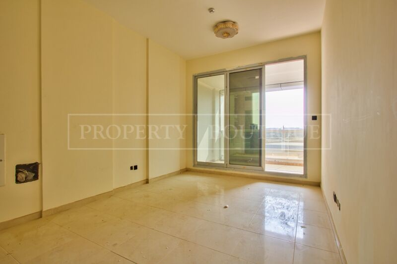 Large 2 Bed in a Brand New Building in JVT - Image 2