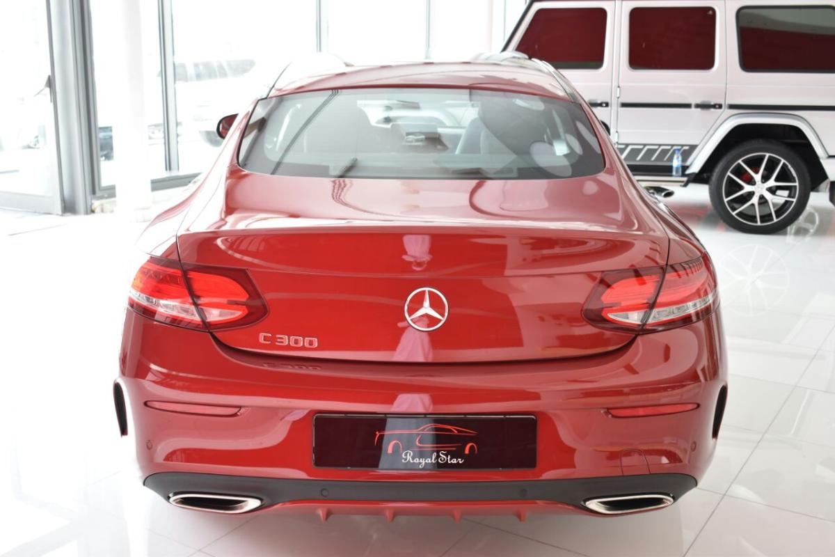 Mercedes benz c300 (2).jpeg