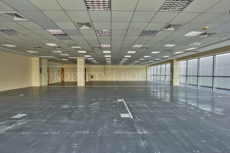 Fully Fitted Offices space on Sheikh Zayed - Image 5