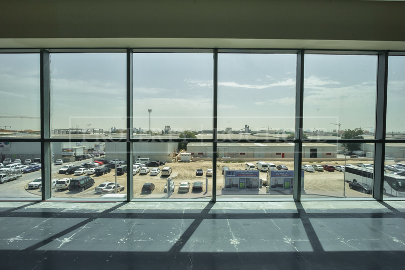 Fully Fitted Offices space on Sheikh Zayed - Image 7