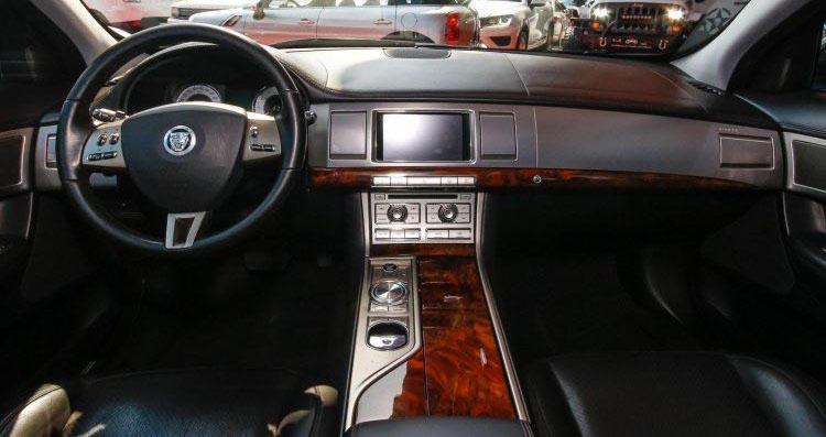 jaguar -XF (6).jpeg