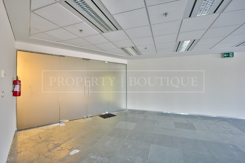 Fully Fitted Office Space For Rent in SZR - Image 7