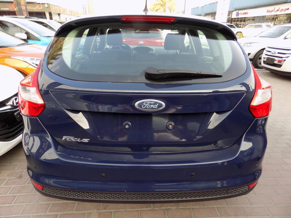 Ford Focus 2012  (2).JPG