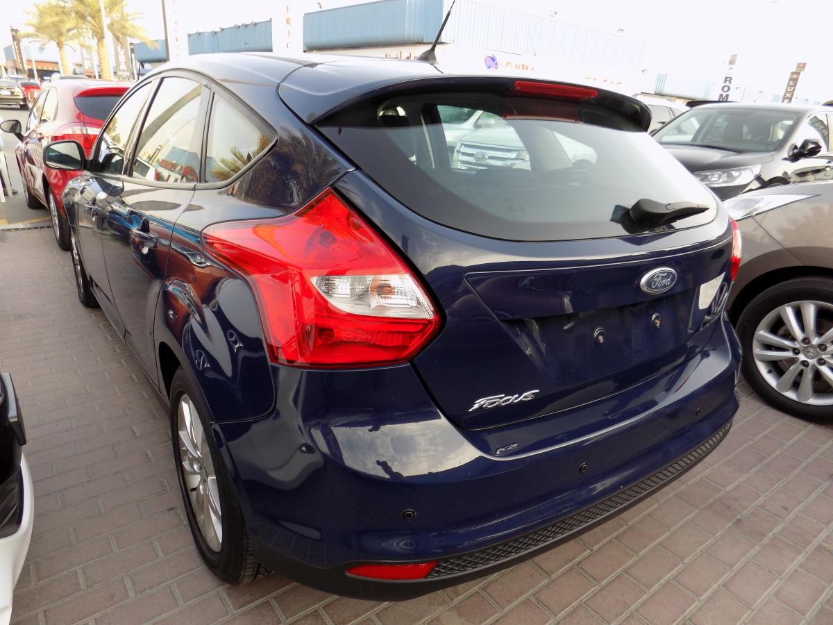 Ford Focus 2012  (3).JPG