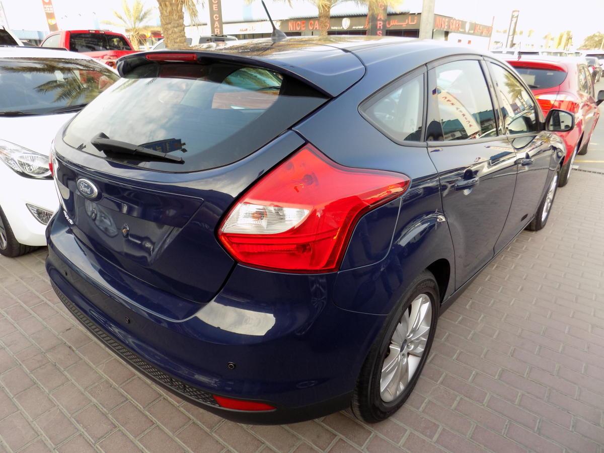 Ford Focus 2012  (4).JPG