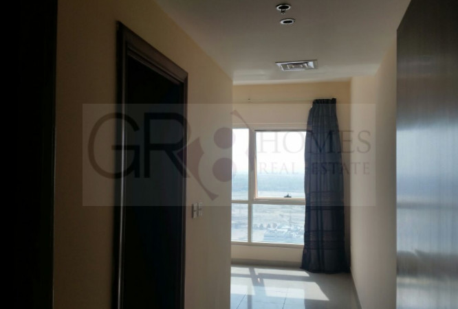 Stunning Lake View 1 Bedroom in Lake Point Tower, JLT - Image 1